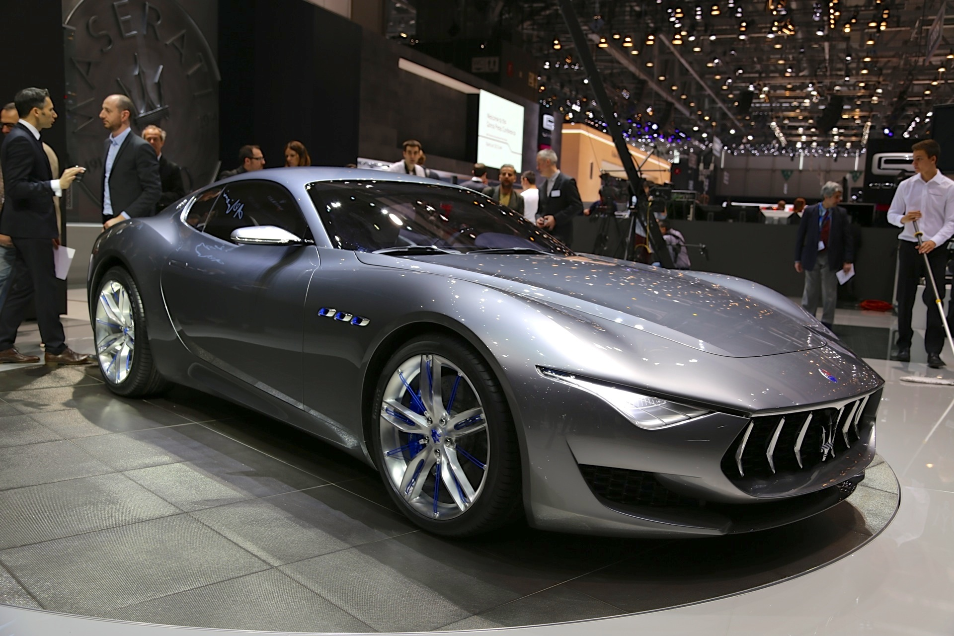 tripling of maserati s sales bolsters chances for new sports car. Black Bedroom Furniture Sets. Home Design Ideas