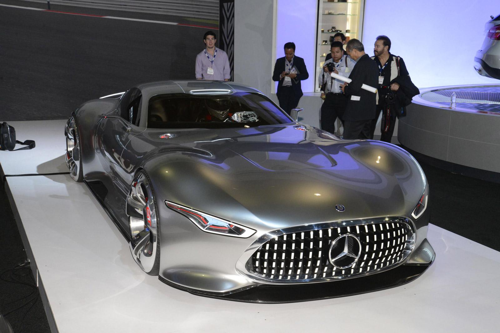 Did you like the mercedes benz gran turismo concept want for Mercedes benz amg vision