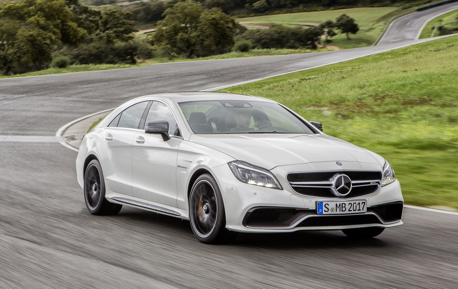 2015 mercedes benz cls class and cls63 amg revealed video. Black Bedroom Furniture Sets. Home Design Ideas