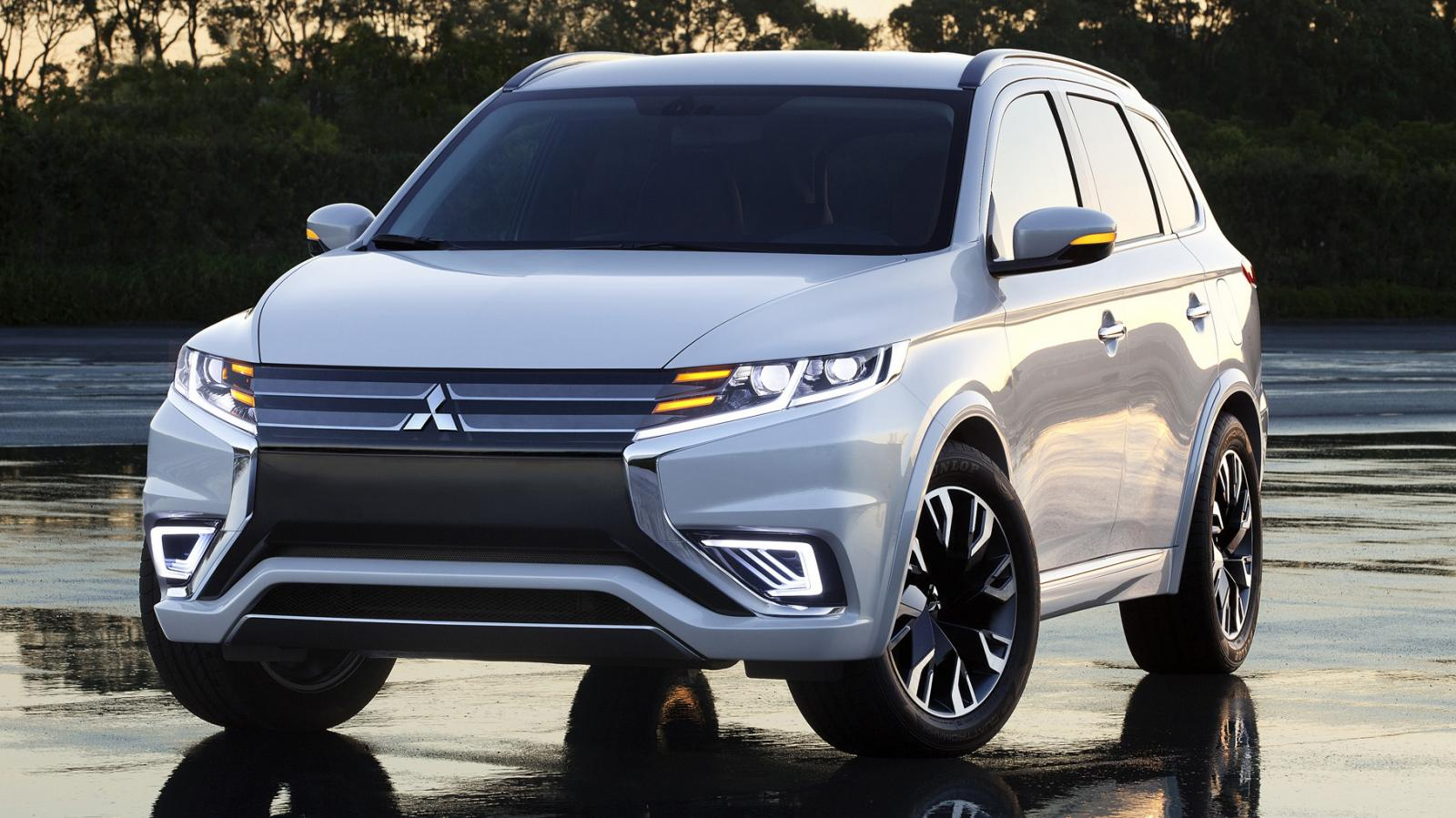 2016 Mitsubishi Outlander Plug-In Hybrid: Revealed At Paris Motor Show