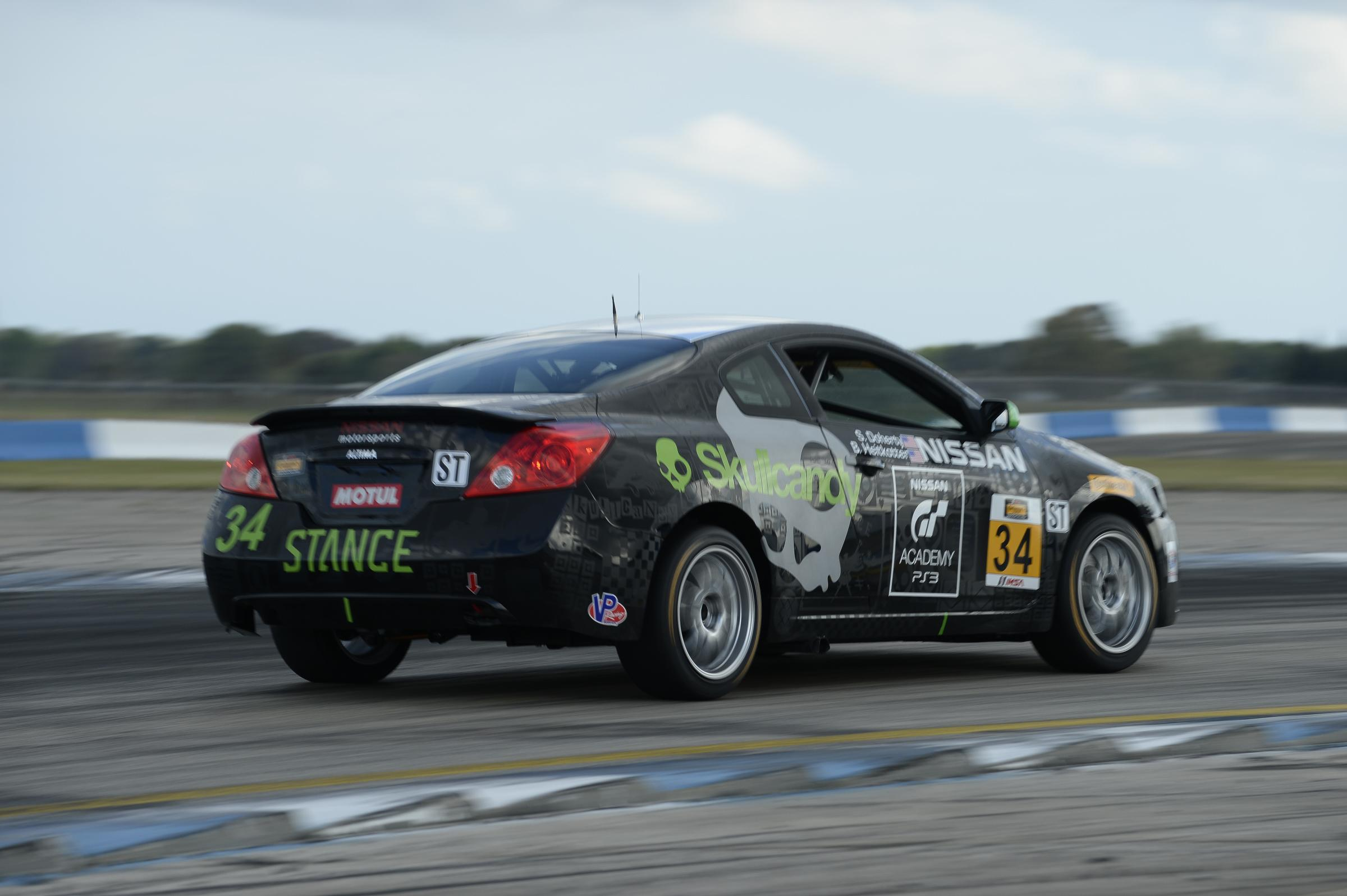 Nissan Gt Academy U S Winners Team Up For Continental