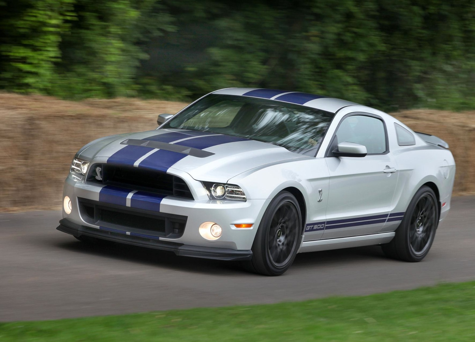 2014 Ford Shelby Gt500 Gets Modest Bump In Price