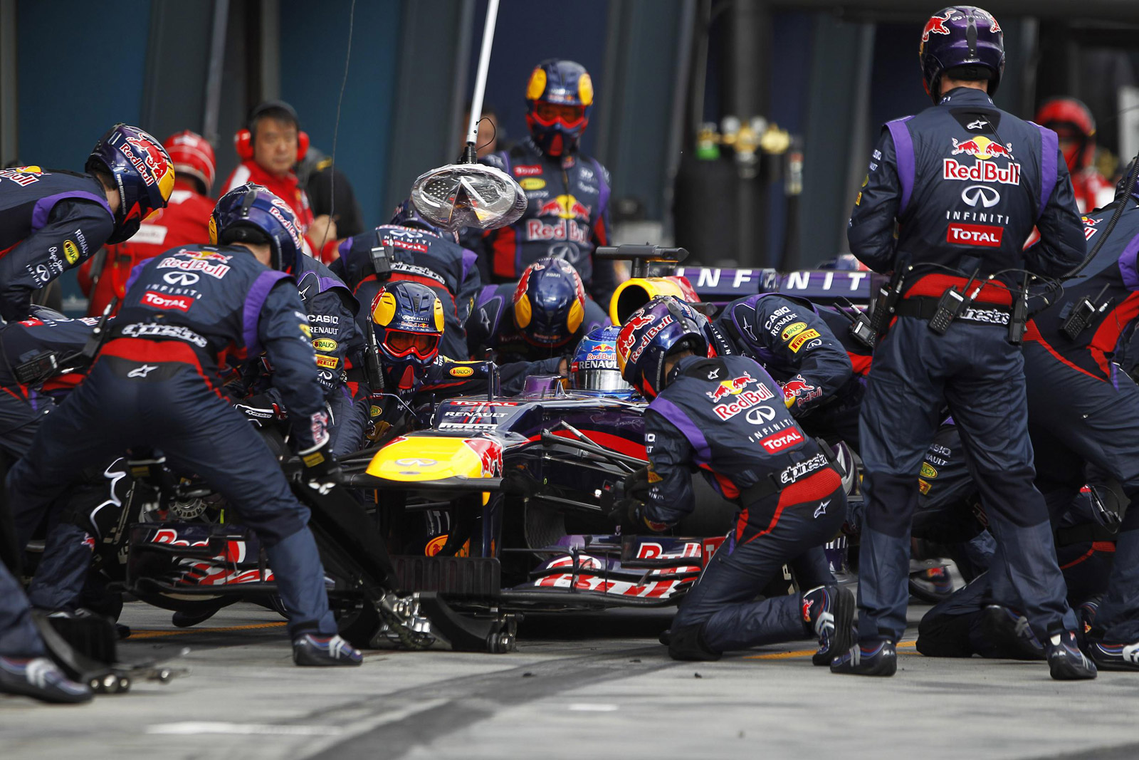 The Red Bull Racing Formula One Team Executes A Pit Stop 100424632 H Jpg