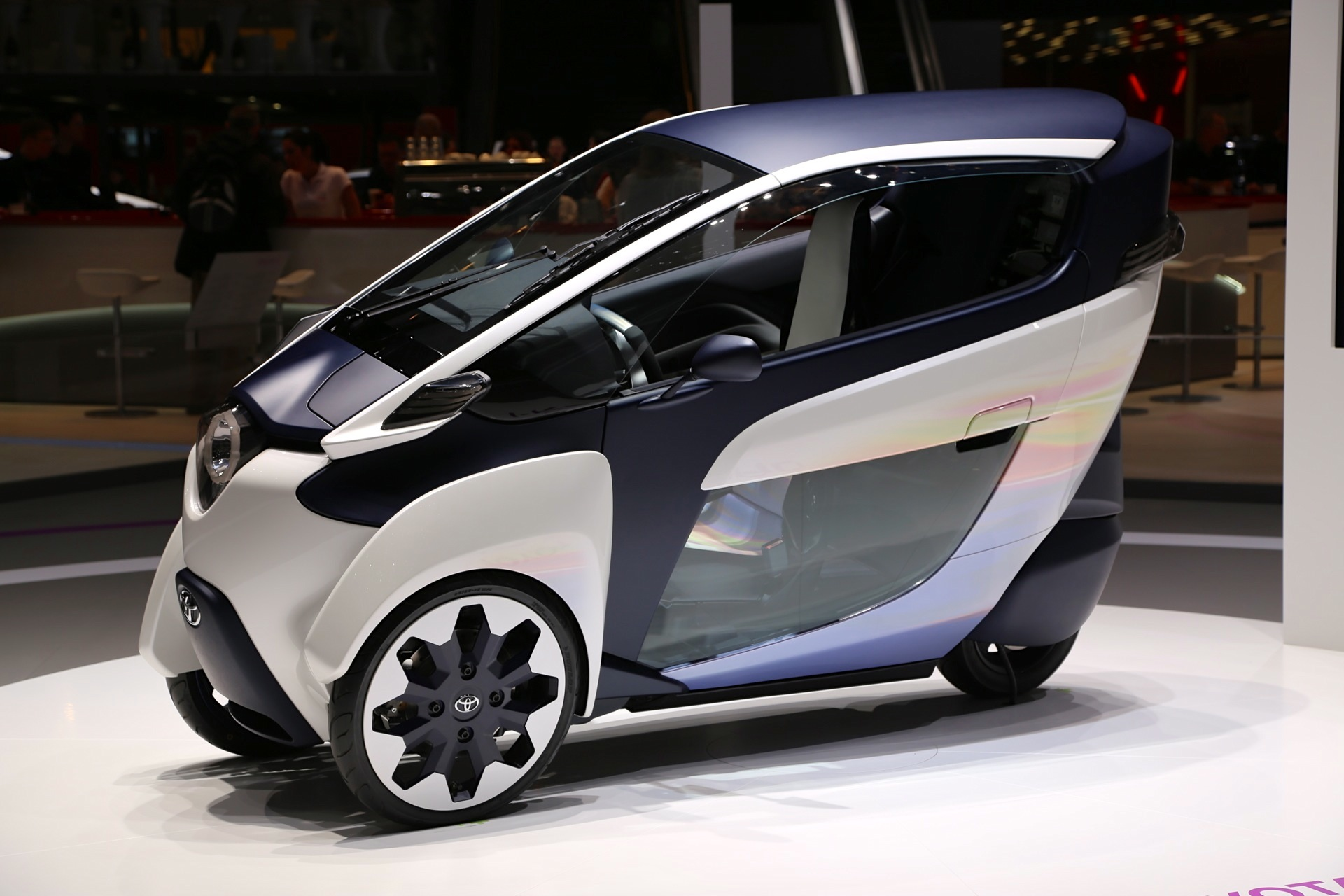 Self Leaning Toyota I Road Concept Debuts In Geneva Video