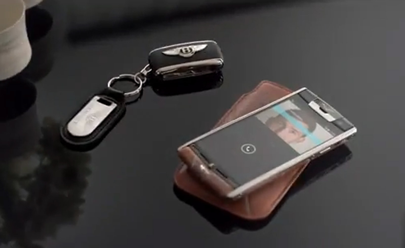 First Vertu For Bentley Smartphone Revealed Costs 17 100