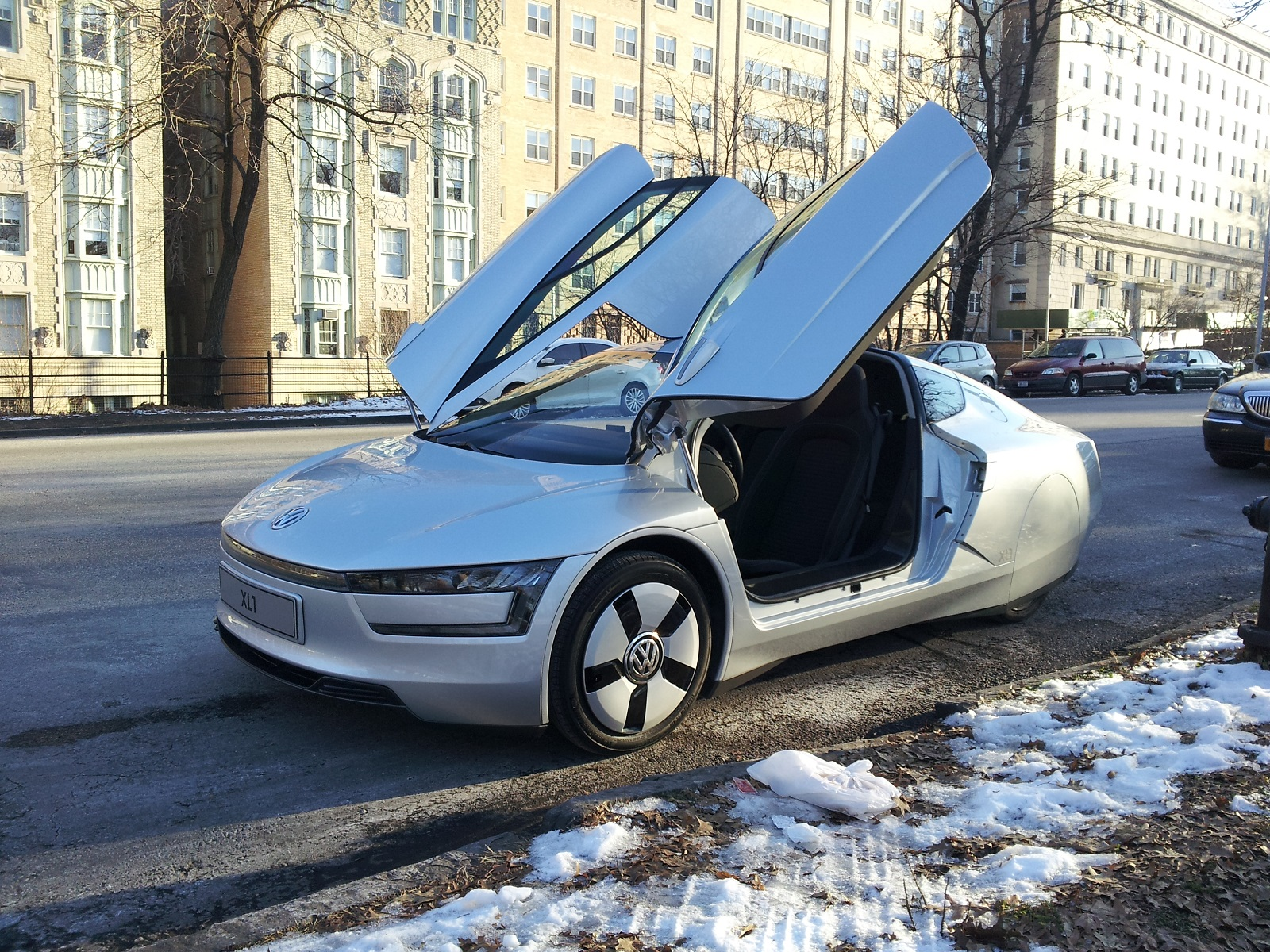 ultra efficient vw xl1 now an urban legend debunked by snopes. Black Bedroom Furniture Sets. Home Design Ideas