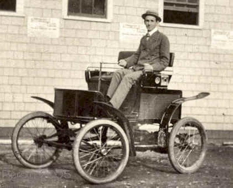 Image 1900 new england electric vintage car size 800 x for New england motor car