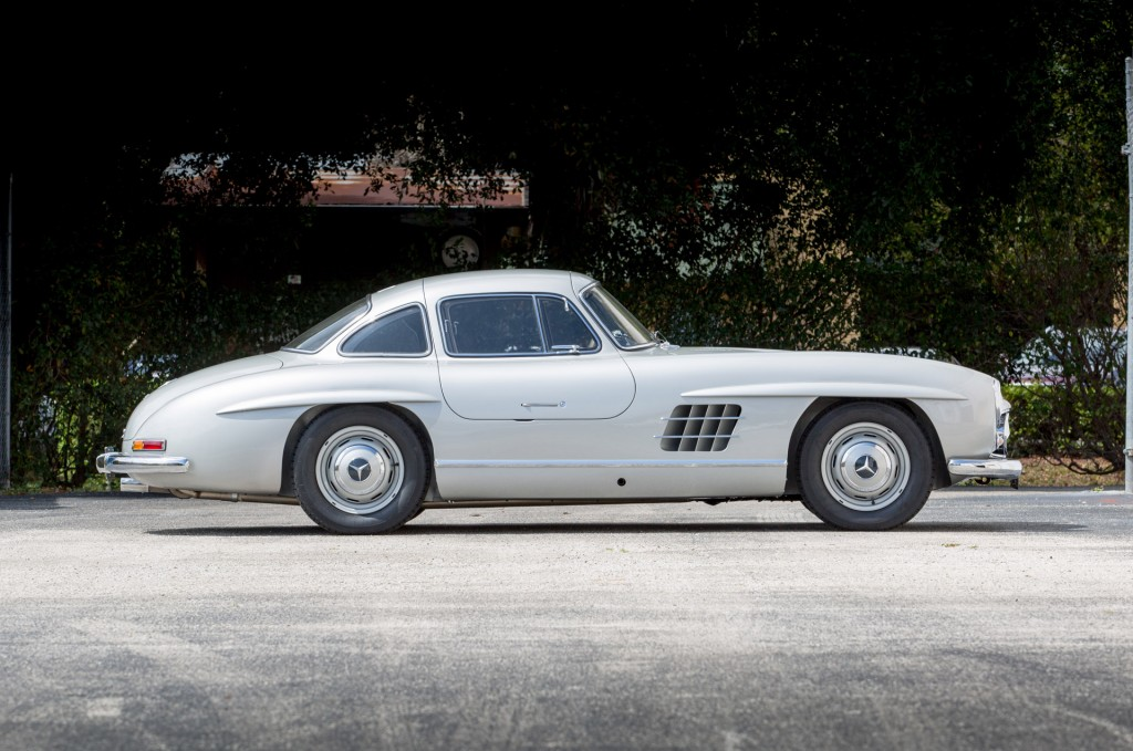 This briggs cunningham owned mercedes 300sl was the first for Mercedes benz number