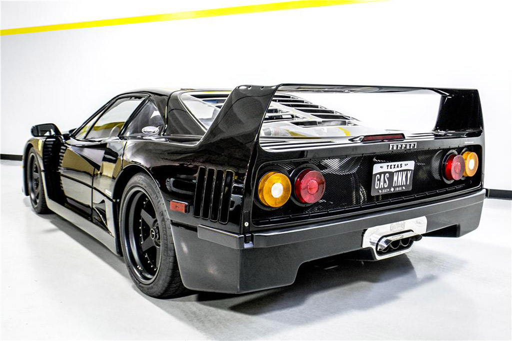 wrecked ferrari f40 restored on fast n loud sells for 740k. Black Bedroom Furniture Sets. Home Design Ideas