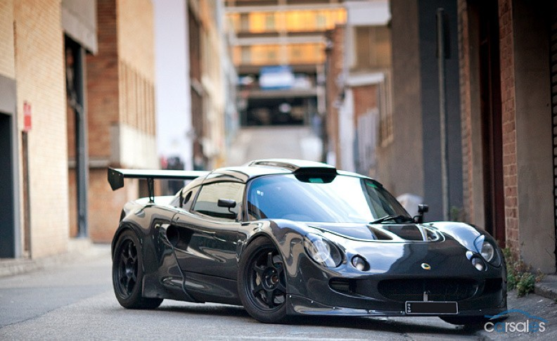 Cars For Sale Los Angeles >> Lotus Exige Sporting 550-hp Audi Turbo Five And Carbon ...
