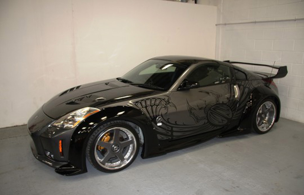 the fast and the furious tokyo drift nissan 350z can be yours for 234k. Black Bedroom Furniture Sets. Home Design Ideas