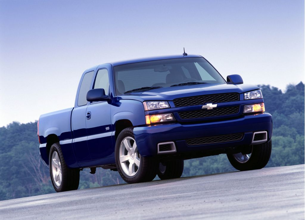 2003 chevrolet silverado ss chevy pictures photos gallery the car connection. Black Bedroom Furniture Sets. Home Design Ideas
