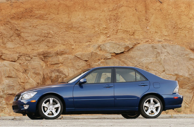 Lexus Is L on Lincoln Ls Review 2004