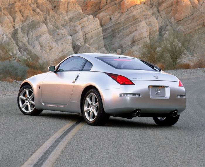 2003 nissan 350z pictures photos gallery the car connection. Black Bedroom Furniture Sets. Home Design Ideas
