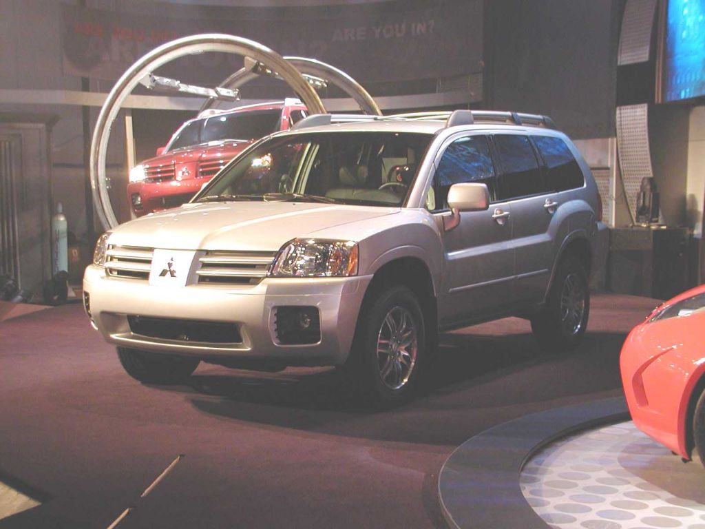 2004 Mitsubishi Endeavor Pictures/Photos Gallery - MotorAuthority