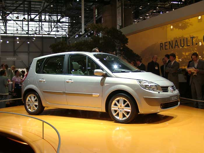 image 2004 renault megane scenic size 700 x 525 type gif posted on december 31 1969 4. Black Bedroom Furniture Sets. Home Design Ideas