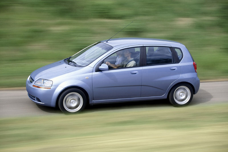 2005 chevrolet aveo  chevy  pictures  photos gallery