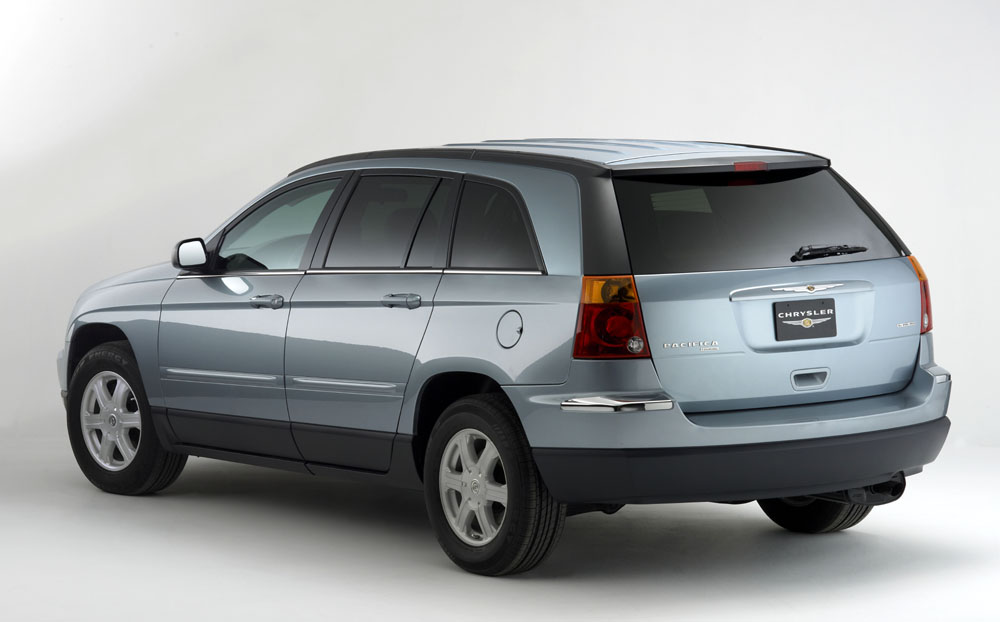 2005 chrysler pacifica pictures photos gallery green car reports. Black Bedroom Furniture Sets. Home Design Ideas