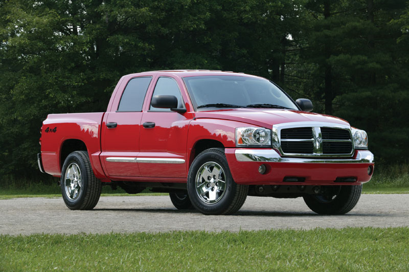 2005 dodge dakota pictures photos gallery motorauthority. Black Bedroom Furniture Sets. Home Design Ideas
