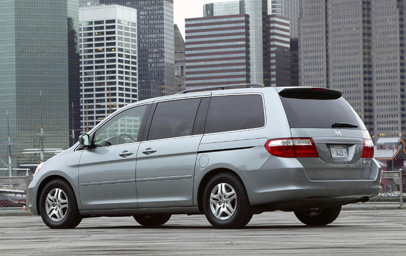 2005 honda odyssey pictures photos gallery motorauthority. Black Bedroom Furniture Sets. Home Design Ideas