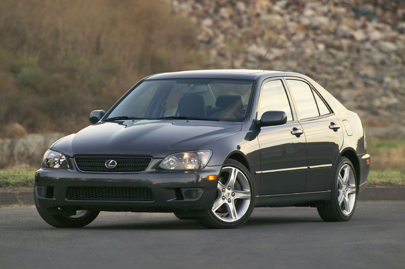 2005 lexus is 300 pictures photos gallery motorauthority. Black Bedroom Furniture Sets. Home Design Ideas
