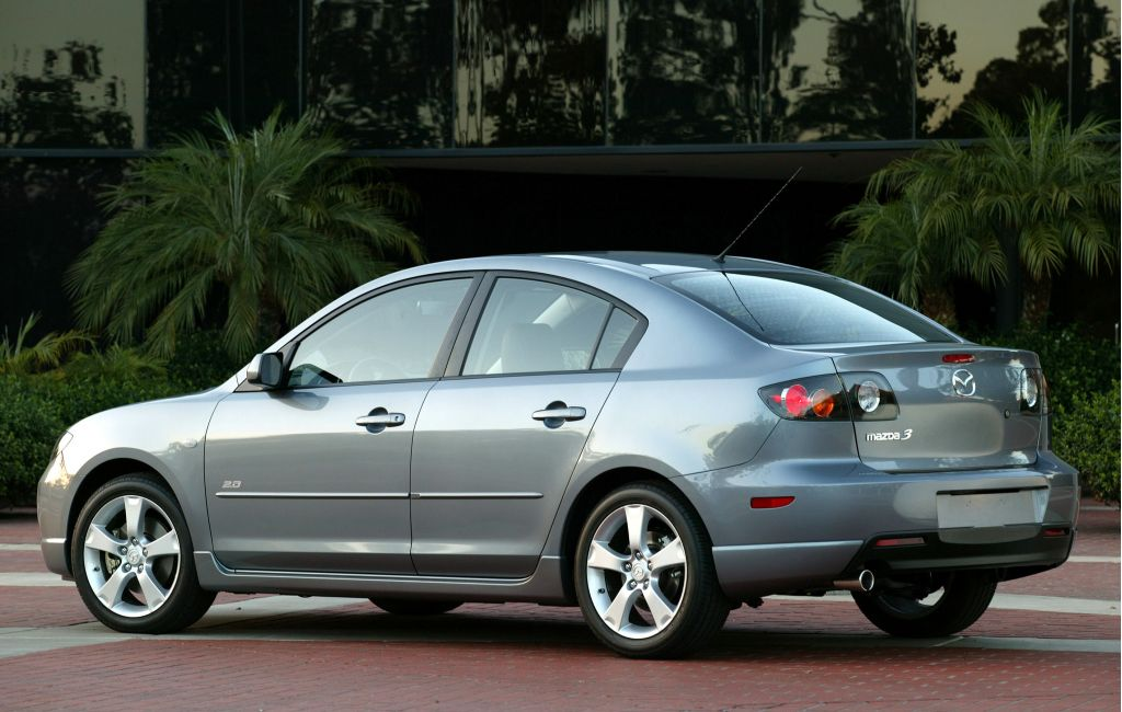 2005 mazda mazda3 pictures photos gallery the car connection. Black Bedroom Furniture Sets. Home Design Ideas