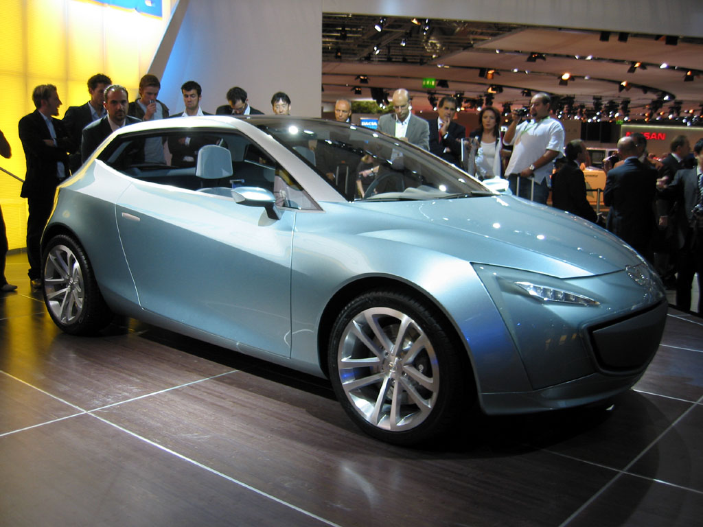 https://images.thecarconnection.com/lrg/2005_mazda_sassou_concept_100009696_l.jpg