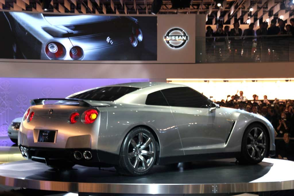 2005 Nissan Gt R Pictures Photos Gallery Motorauthority