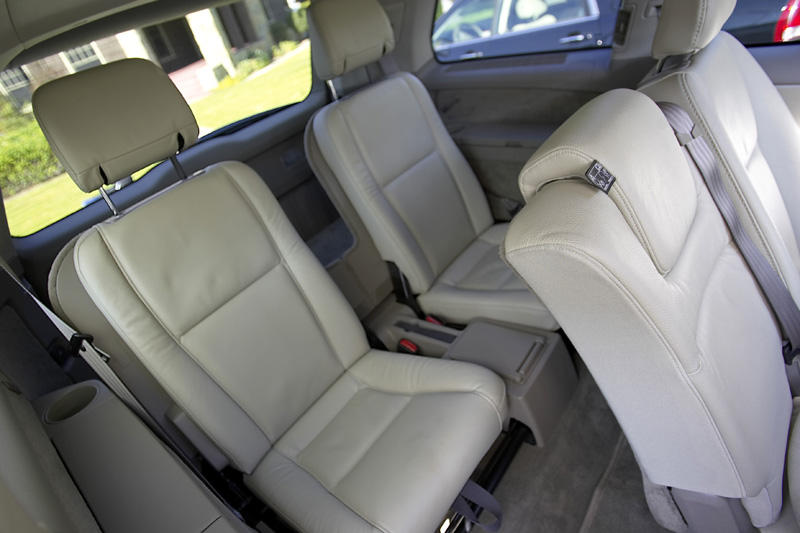 2005 volvo xc90 pictures photos gallery the car connection. Black Bedroom Furniture Sets. Home Design Ideas