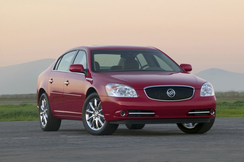 Buick Lucerne L on 2007 Buick Lacrosse Cxs Review