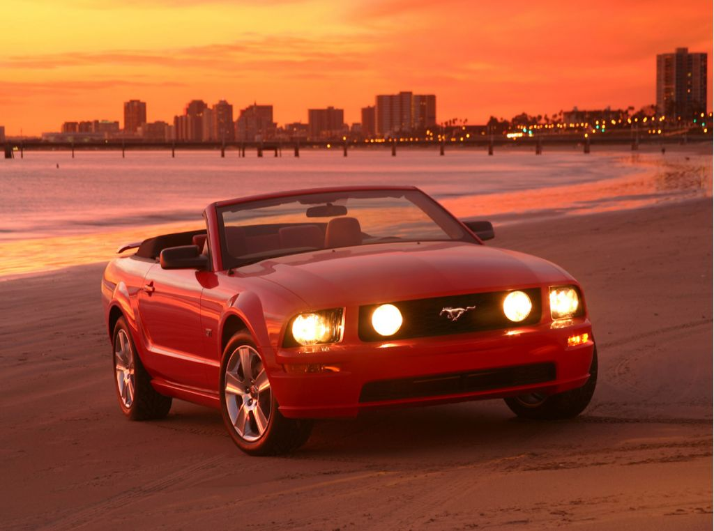Фото 2005 Ford Mustang (Кабрио…