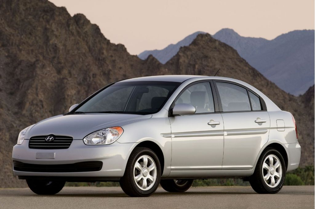2006 Hyundai Accent Pictures Photos Gallery Motorauthority