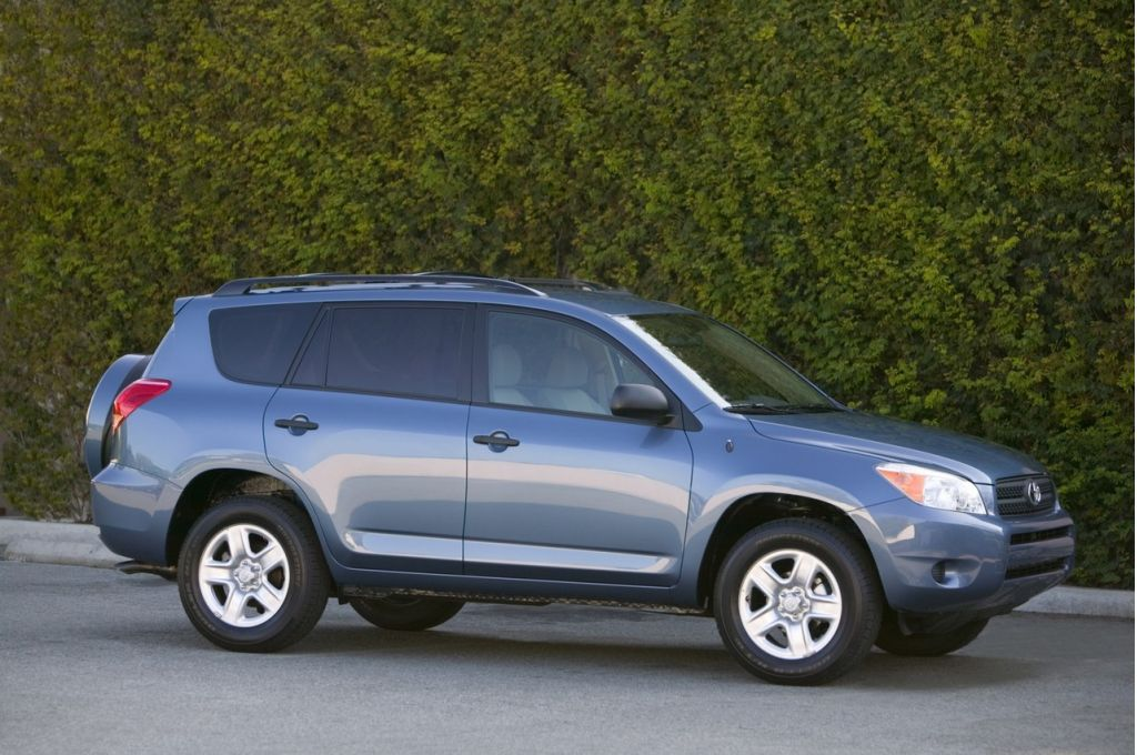 2006 toyota rav4 pictures photos gallery motorauthority
