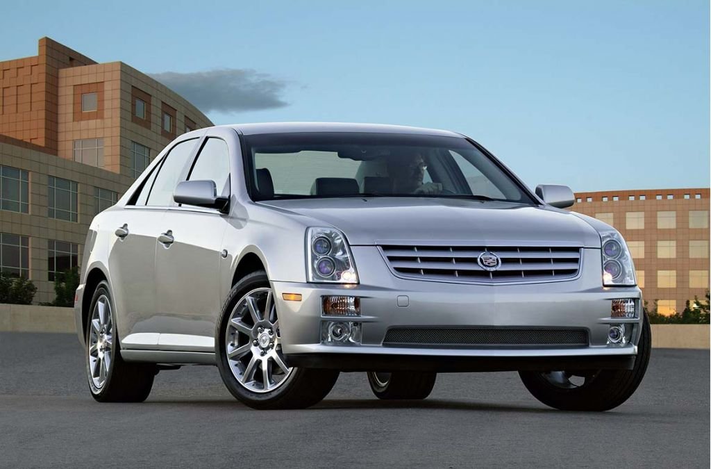 2007 cadillac sts pictures photos gallery the car connection. Black Bedroom Furniture Sets. Home Design Ideas