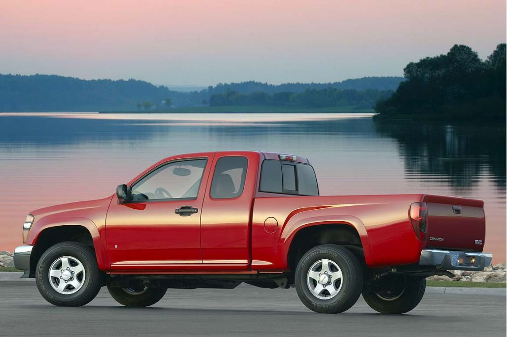 2007 gmc canyon pictures photos gallery green car reports. Black Bedroom Furniture Sets. Home Design Ideas