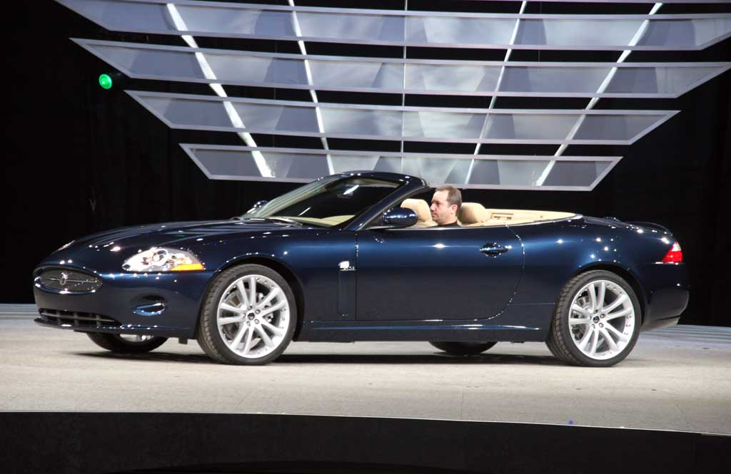 image 2007 jaguar xk convertible detroit auto show size. Black Bedroom Furniture Sets. Home Design Ideas
