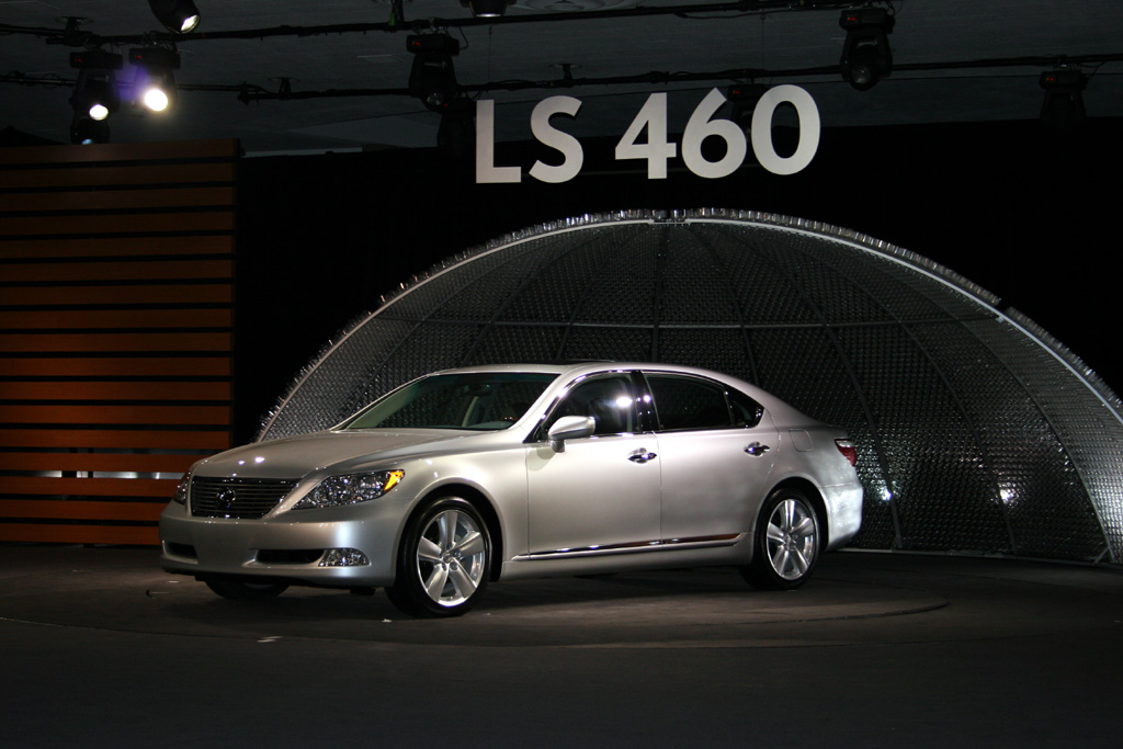 2007 lexus ls 460 pictures photos gallery green car reports. Black Bedroom Furniture Sets. Home Design Ideas
