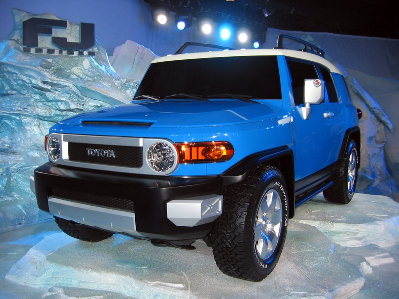 Image: 2007 Toyota FJ Cruiser - The Car Connection · 2011