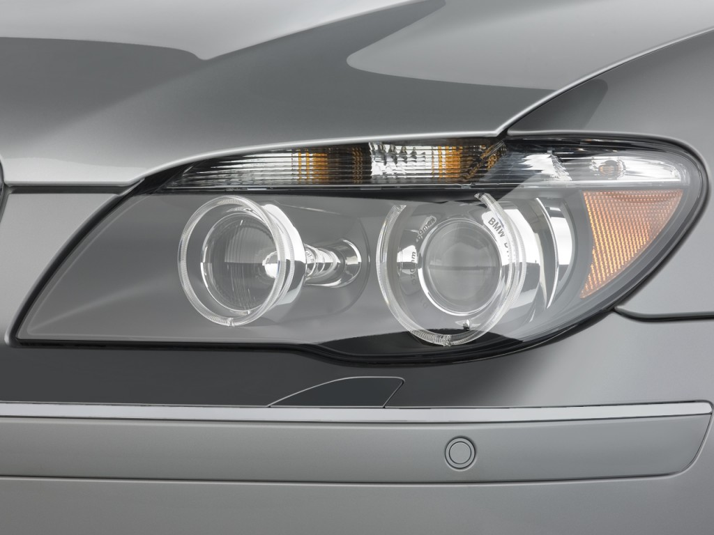 Image 2008 Bmw 7 Series 4 Door Sedan 750li Headlight