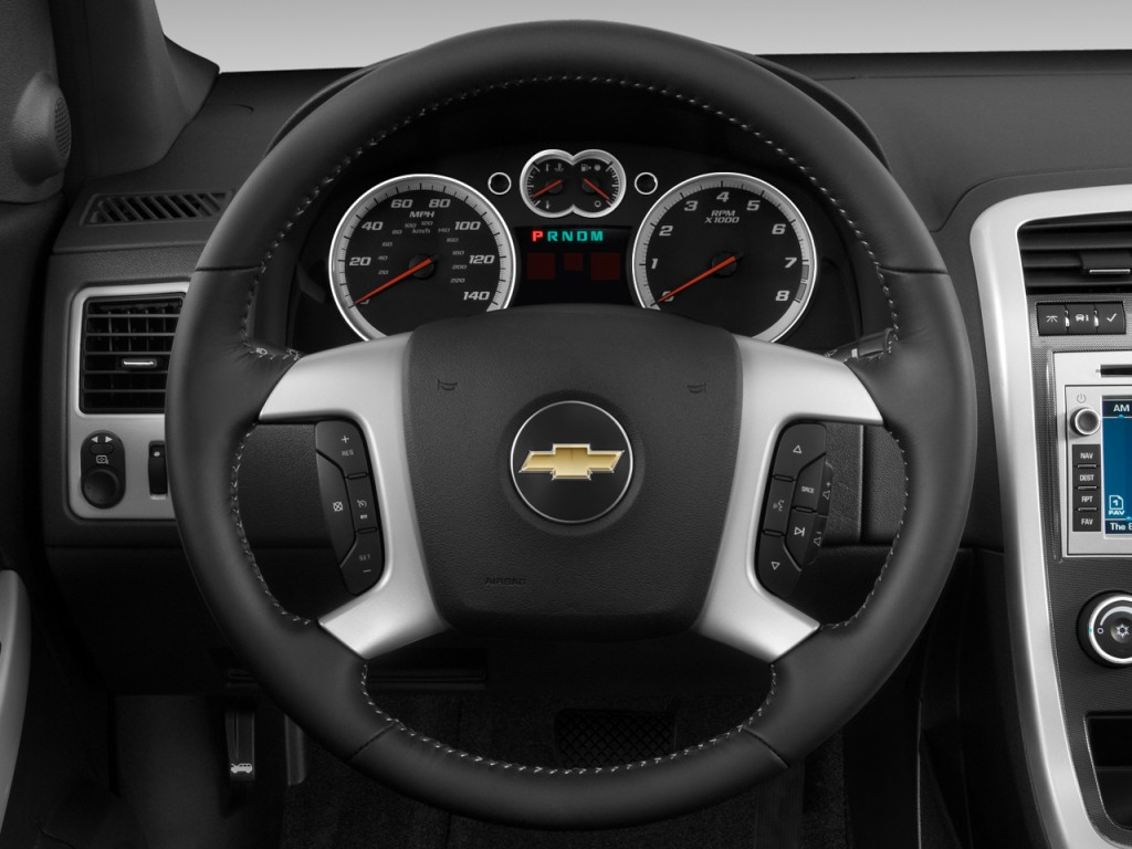 2008 chevrolet equinox chevy pictures photos gallery the car connection. Black Bedroom Furniture Sets. Home Design Ideas