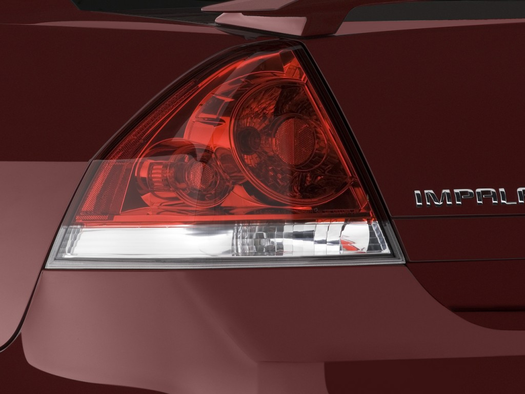 image 2008 chevrolet impala 4 door sedan ss tail light. Black Bedroom Furniture Sets. Home Design Ideas