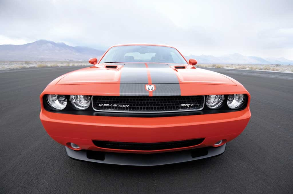 2008 dodge challenger pictures photos gallery motorauthority. Cars Review. Best American Auto & Cars Review