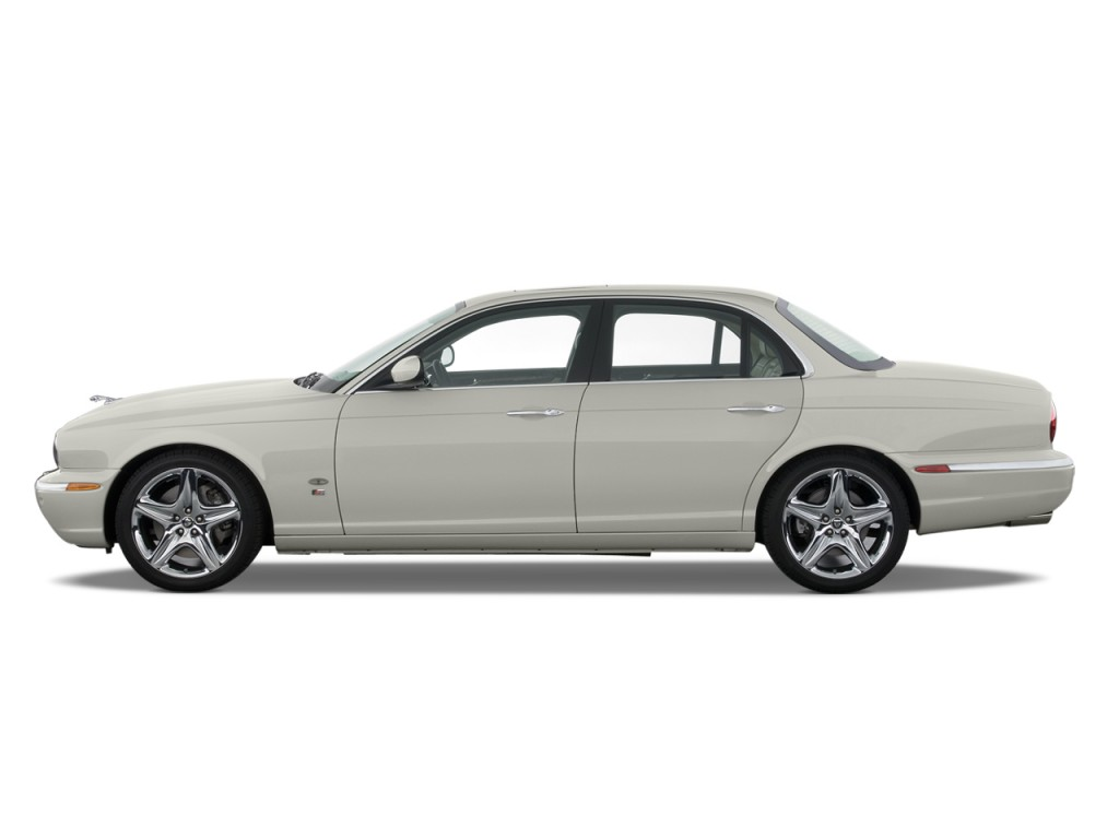 Image 2008 jaguar xj 4 door sedan xjr side exterior view for Jaguar xj exterior