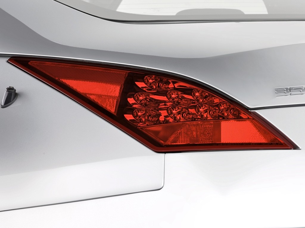 Image: 2008 Nissan 350Z 2-door Coupe Man Tail Light, size ...
