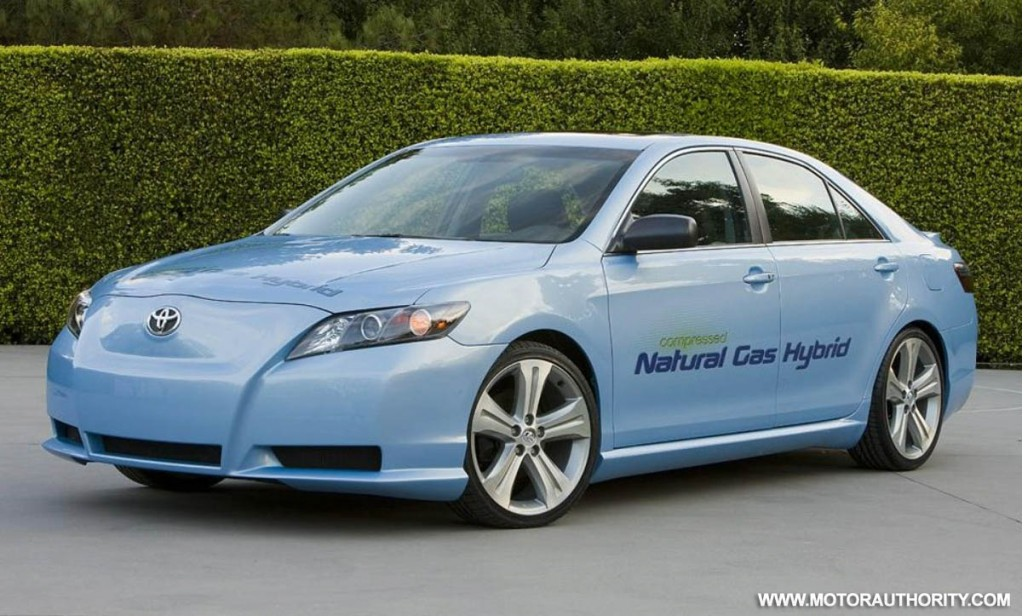 toyota unveils cng camry hybrid concept ahead of l a auto show. Black Bedroom Furniture Sets. Home Design Ideas