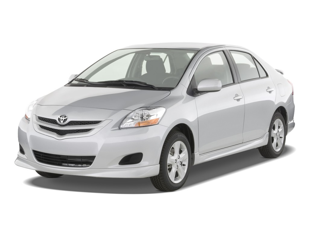 2008 toyota yaris 4 door sedan auto s natl angular front exterior view. Black Bedroom Furniture Sets. Home Design Ideas
