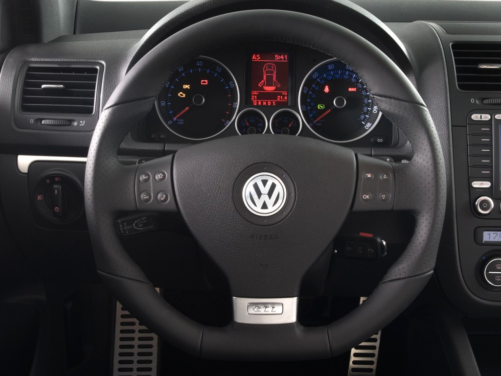 fs leather gti steering wheel with airbag vw gti forum. Black Bedroom Furniture Sets. Home Design Ideas