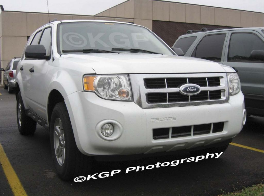 2008 ford escape pictures photos gallery the car connection. Cars Review. Best American Auto & Cars Review