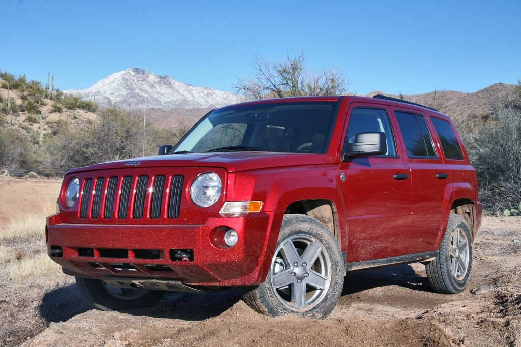 2008 jeep patriot pictures photos gallery green car reports. Black Bedroom Furniture Sets. Home Design Ideas