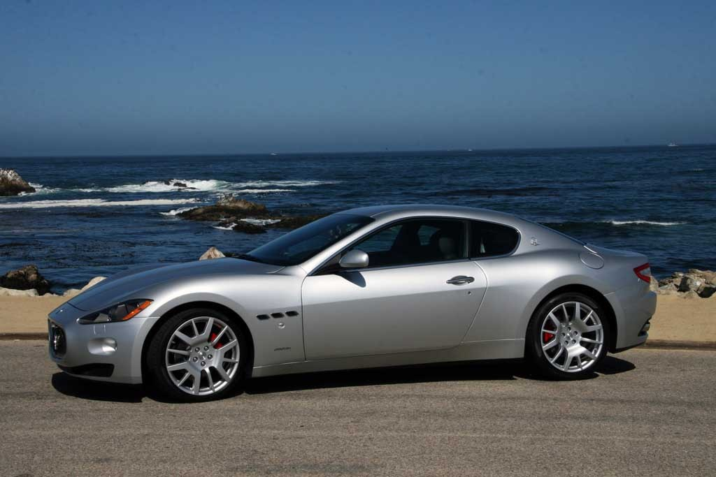 2008 10 maserati granturismo recalled due to faulty lights. Black Bedroom Furniture Sets. Home Design Ideas